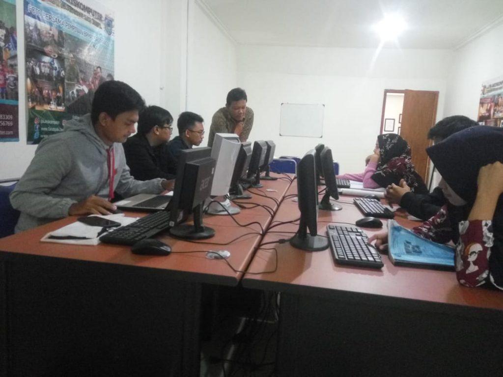 kursus komputer dan bahasa inggris